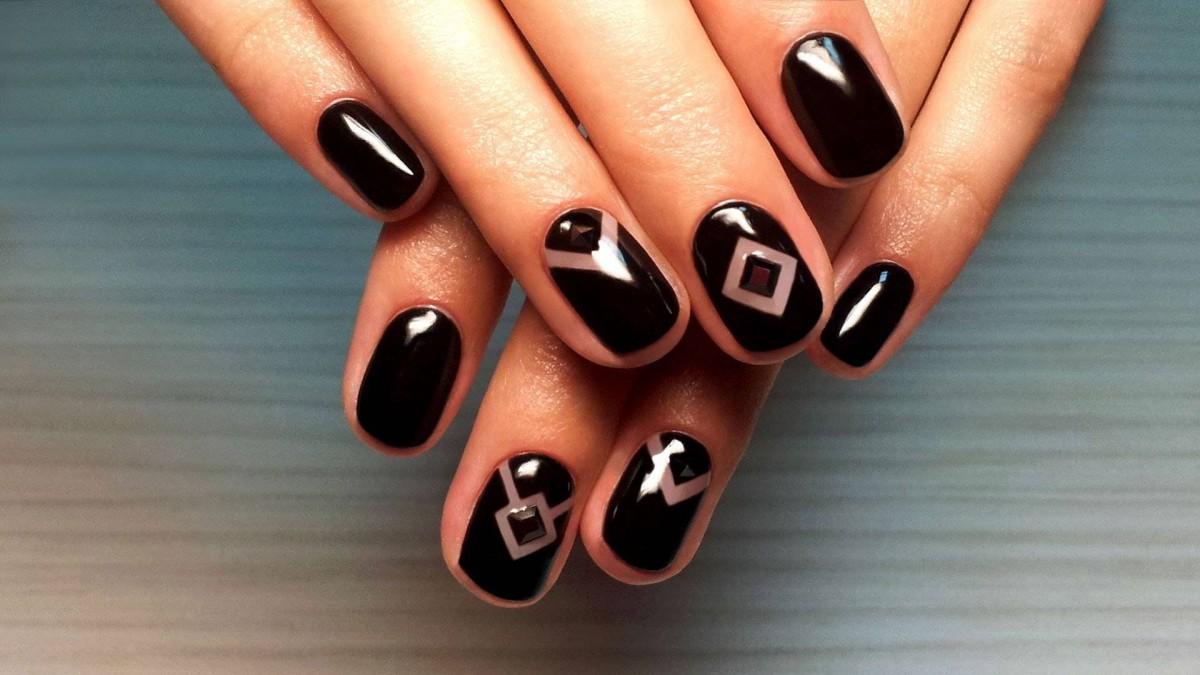 Дизайн ногтей в Салоне красоты