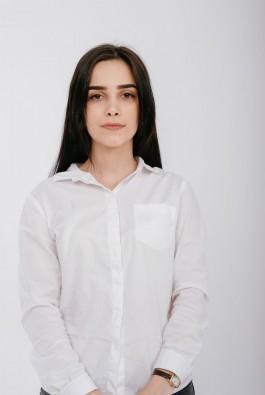 Садривова Зарият