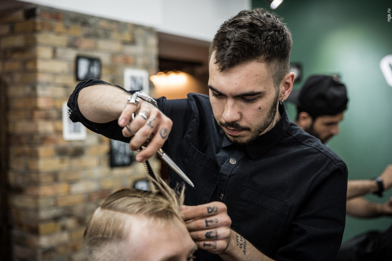 Услуги парикмахера-мужского мастера